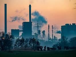 klimapläne der bundesregierung: industrie und verkehr sollen kräftig einsparen