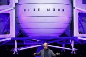 Reisen der besonderen Art: Firma von Jeff Bezos will erste Touristen ins All bringen