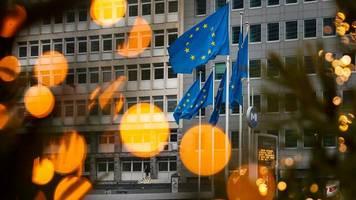 +++ Corona-Update +++: EU verlängert Exportkontrolle von Corona-Impfstoff