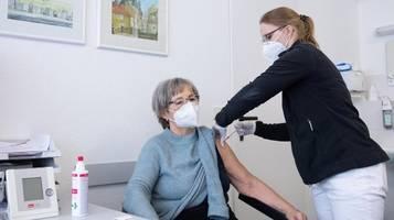 Corona-Krise: Impfkommission ist gegen Astrazeneca für alle