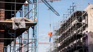 Hamburg soll Ziel von 10 000 Wohnungen pro Jahr aufgeben