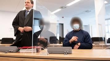mordprozess um messerangriff: anklage fordert lebenslang