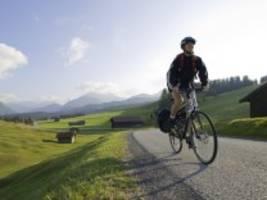 Radreisen: Urlaub mit dem Fahrrad: So klappt die erste Tour
