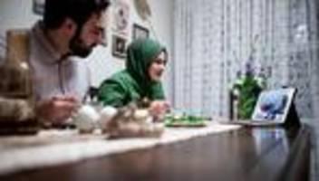 Ramadan in Corona-Zeiten: Wie begehen Sie das Fastenbrechen in der Pandemie?