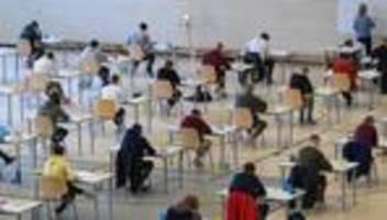 Bildungspolitik: Der Nachhilfeverein