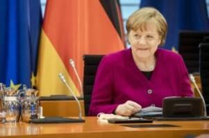 Kanzleramt: Gehalt, Aufgaben, Wahl - Alles zum Amt der Bundeskanzlerin