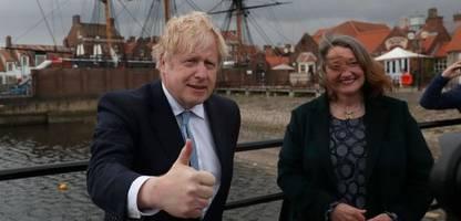 Großbritannien: Boris Johnsons Tories siegen in einstigen Labour-Hochburgen