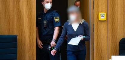 terror-prozess gegen susanne g. in münchen: zeugen berichten über drohschreiben