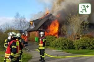 niedersachsen: feuer zerstört doppelhaus in neuland – brandursache geklärt