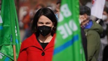 umfrage: grüne vor union – mehrheit will aber unionsgeführte regierung