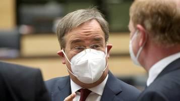 Auch bei Wahlniederlage: Armin Laschet gibt Amt als Ministerpräsident ab