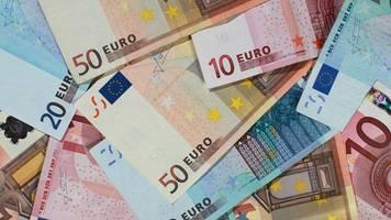 junge findet 400 euro in gebüsch: und darf sie nun behalten