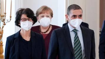Ende der Impfstoff-Patente? Merkel soll mit Biontech-Chef gesprochen haben