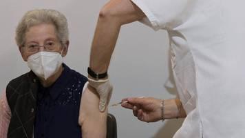 Corona-News: Stiko will Johnson & Johnson-Impfstoff offenbar nur für über 60-Jährige empfehlen