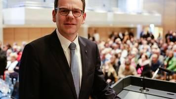 neumünster wählt den oberbürgermeister
