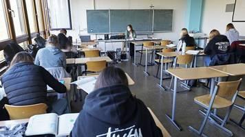 Senat will Hamburgs Schulen für alle Schüler öffnen