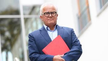 Nach verbaler Entgleisung: DFB-Präsident Keller entschuldigt sich - Kein Rücktritt