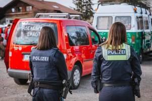 Polizei warnt vor Verkehrsbehinderungen durch Autokorsos