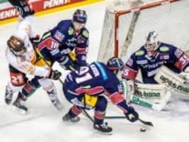 Eishockey: Eisbären Berlin gewinnen 100. Deutsche Meisterschaft