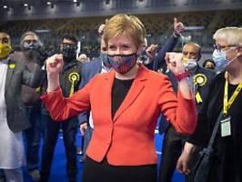 Neues Referendum angekündigt: SNP verkündet Wahlsieg in Schottland