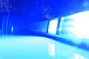 Unfälle: Mehrere Verletzte bei Zusammenstoß mit Polizeiauto