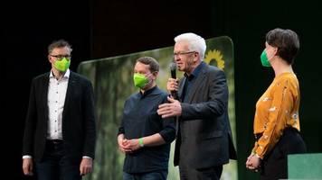 Neuauflage der Koalition: Grüne und CDU stimmen Koalitionsvertrag in Baden-Württemberg zu