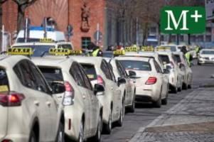 Fahrdienste: Warum Berlin sich bei der Kontrolle von Mietwagen schwer tut