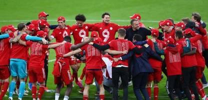 FC Bayern München nach dem neunten Titelgewinn in Serie: und jetzt die Zehn!