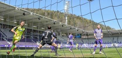 2. Fußball-Bundesliga: SC Paderborn gewinnt bei Erzgebirge Aue 8:3