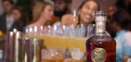 Bacardi-Feeling ohne Alkohol – das ist die neue Idee für Deutschlands Millennials