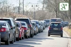 sonntagsausflüge: bergedorfer parkchaos: polizei verteilt 101 knöllchen