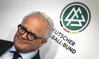 Choas beim DFB: Rücktritt der kompletten Spitze um Präsident Keller