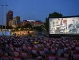 Erste Theater und Kinos gehen Open Air