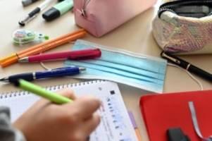 Bildung: Berlin weiterhin für Wechselunterricht: Kritik am Rhythmus