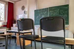 bildung: landkreise fordern normalen unterricht im juni