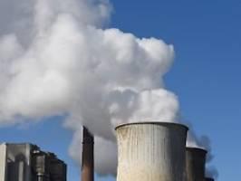 Bewusste Fehler im Ministerium?: Energieriesen bekommen wohl zu viel Geld