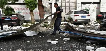 China: Mindestens zwölf Tote durch Tornados