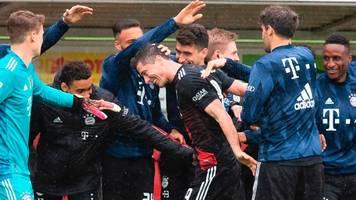 Robert Lewandowski bricht Rekord: Bayern Münchens Stürmer macht 40. Saisontor