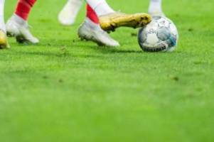 Fußball: Losen bis zum Halbfinale: Blau-Weiß 90 gegen Pokal-Modus