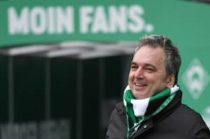 Fußball-TV-Moderator: Nach Drohungen: Arnd Zeigler schaltet Facebook-Seite ab