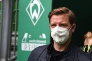 Fußball: Werder-Geschäftsführer gibt keine Job-Garantie für Kohfeldt