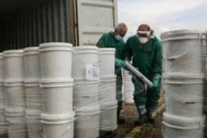 umwelt: schiff mit giftstoffen aus beiruts hafen eingetroffen