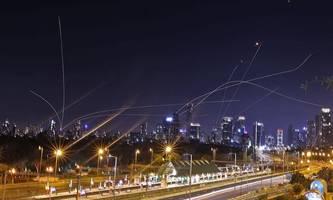 biden: arbeiten mit palästinensern und israelis für dauerhafte ruhe