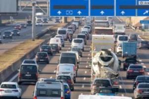Beliebtestes Verkehrsmittel: Umfrage: Neue Liebe zum Auto in der Corona-Krise