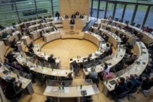 Landtag: Landtag diskutiert über Antisemitismus und Corona-Lage