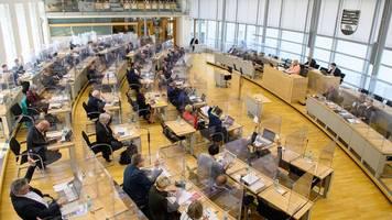 wahlen: weitere umfrage sieht cdu in sachsen-anhalt klar vor afd