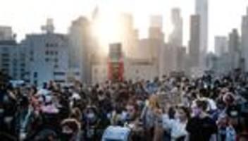 george floyd: staatsanwaltschaft fordert 30 jahre haft für derek chauvin