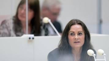Medizin-Abteilung: Justizministerin steuert bei Bedarf nach