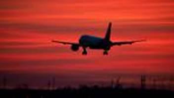 statistisches bundesamt: jeder zweite flug ging 2020 über kurzstrecke