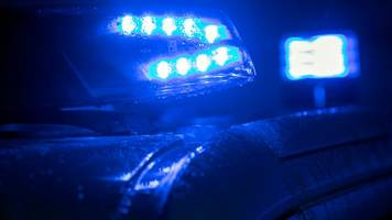 Fahrer nach Unfall gestellt: Kinder und Ehefrau mit im Wagen